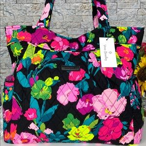 🆕 Vera Bradley Large Pleated Tote Bag